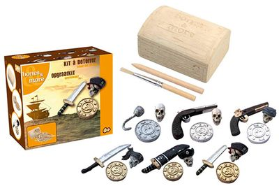 Dig it Out: Mini Pirate Treasure